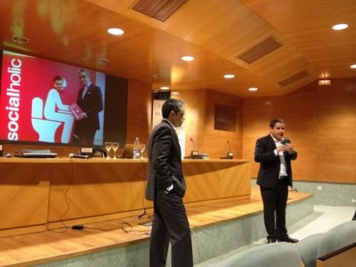 Una foto de #Socialholic en el #CDT Valencia con @abladias @juanluispolo de @tcreativo http://pic.twitter.com/naqvtmKy