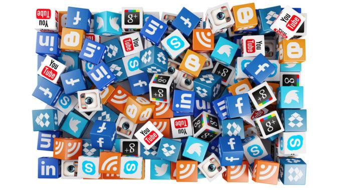 ¿Cuándo crear cuentas satélites en redes sociales para dinamizar tus distintas unidades de negocio?