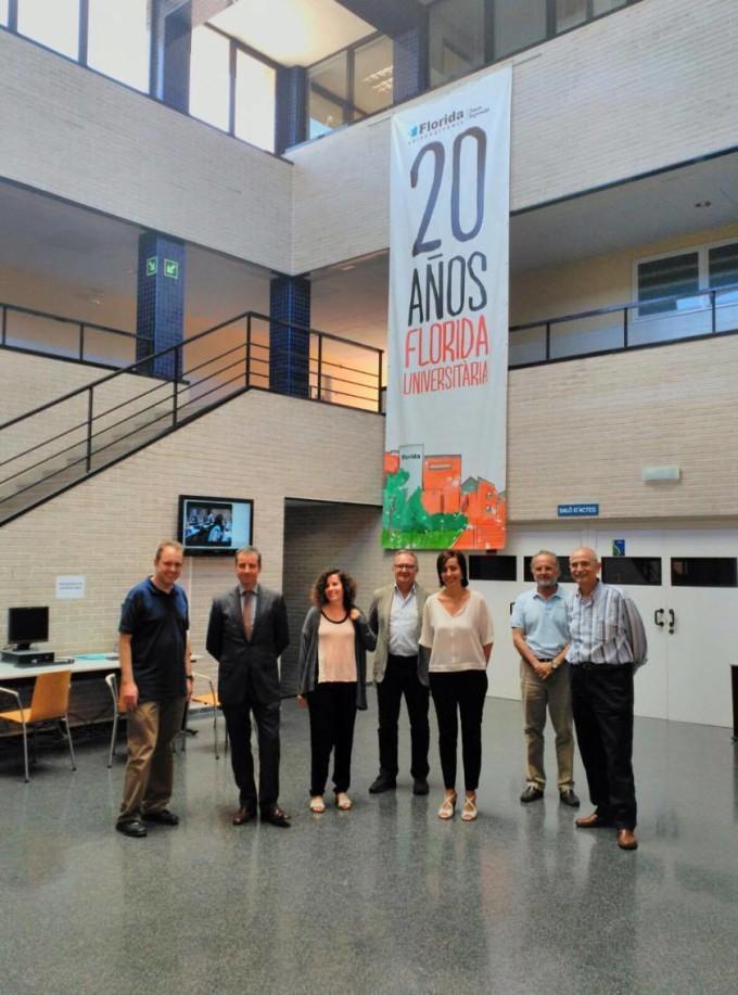 """Mesa redonda de """"Innovación y Educación"""" con Economía 3 y ValenciaLab"""